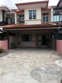 Lorong Lapangan Terbang Terrace House