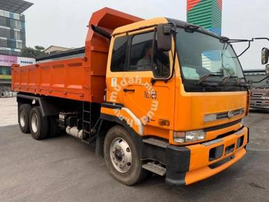 Rebuild nissan pf6 tipper new tyre good condition