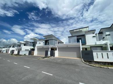 Luxury and Exclusive Double Storey Semi Detached at Grace Avenue