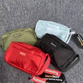 Supreme SS19 Pouch Bag