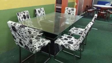 : Set Meja Makan (6 orang)