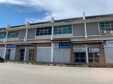 Double Storey Terrace Industrial Building at Eastwood Valley, Mori