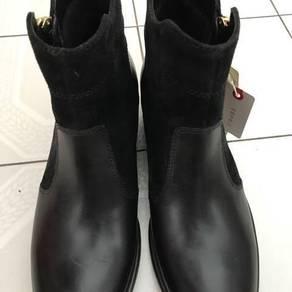 New Espirit Women Boot