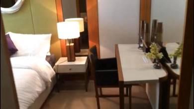 Still Under Operate Hotel At Thriving City
