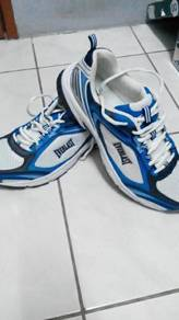 Everlast sport jogging shoes