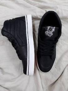 TNT leather highcut