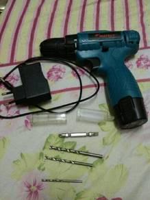 Drill 12v kuat