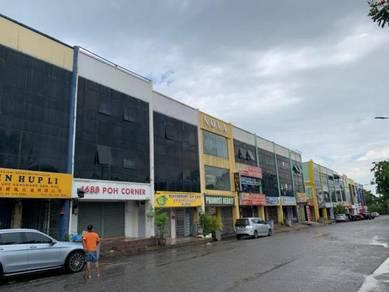 Facing Main Road Tmn Cheng Utama Ground Floor Shop