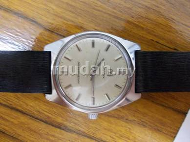 Vintage Qingdao chinese soviet watch