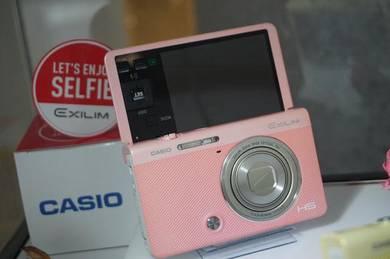 Casio Exilim ZR5000 Selfie Camera