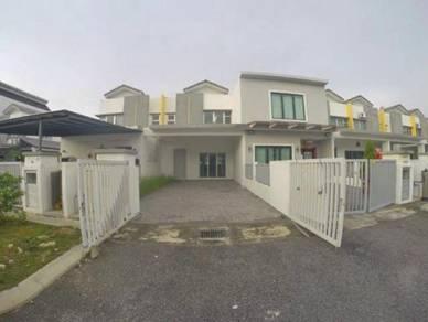 Larger area 2 Storey Terrace (Ceri 3) Bandar Hillpark, Puncak Alam