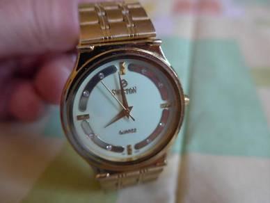 Swiston Quartz Round Gold Plated Dial Watch