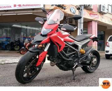 Ducati hyperstrada 821 tip top ! hypermotard