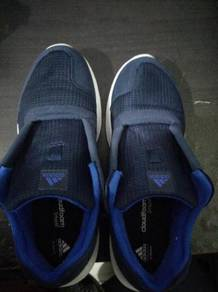 Preloved original adidas running shoes (cloadfoam)