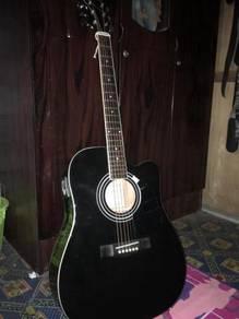 Gitar akustik-elektrik(semi akustik) santa cruz