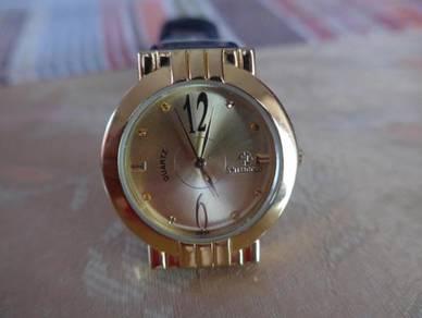 Swisgold Quartz Round Gold Watch