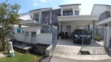 Well maintained Semi - D Cluster, Bayu Suria (Type C),Puncak Alam