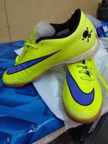 Nike hypevenom