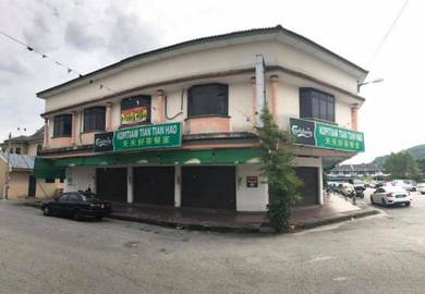 Taman Rasi Jaya corner shop facing field