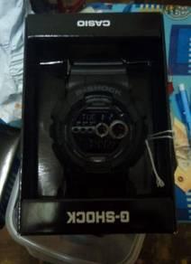 G-Shock GD-100-1BDR