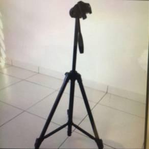 Stand camera