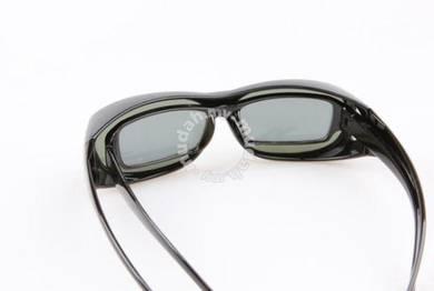 Cermin Mata Polarized Dengan Bag Simpan