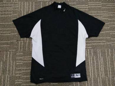 Nike basketball shirt L