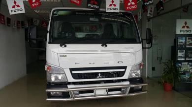 Lorry Lori Baru New Mitsubishi Fuso 7500kg/5 ton