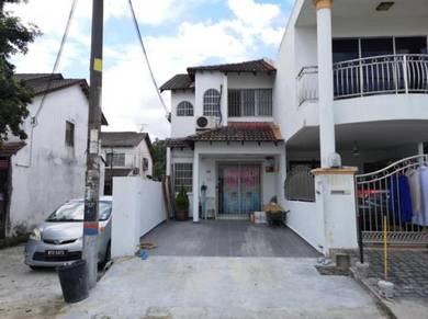 Taman sri gombak fasa 9 double storey terrace house