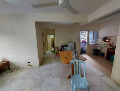 GROUND FLOOR Apartment Melur Residensi Warnasari 3, Puncak Alam