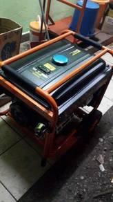 Generator vmaxmoto