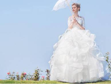 White wedding bridal dress gown RB0638