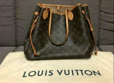 Original LV Neverfull with wallet