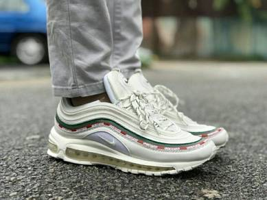Airmax 97 x undefeated white