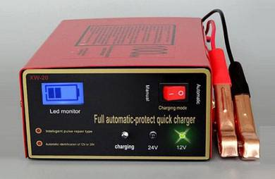Battery Charger 12 / 24Volt Automatic