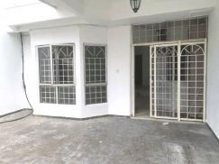 [ Renovated ] Bandar Country Homes, Double Storey Terrace Desa12