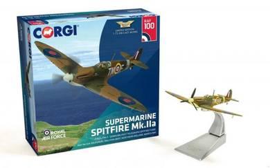 Corgi AA39213 Supermarine Spitfire MK.IIa