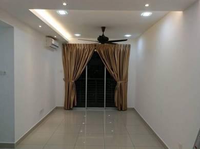 Apartment Larkin Height / 3 BED / 5 MIN TO CIQ / JB SENTRAL / Low DEPO