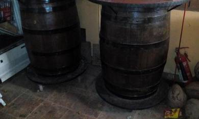 Cafe table barrel meja