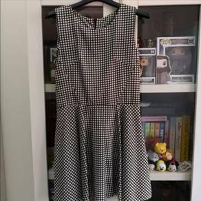 [BN] Checkered Dress