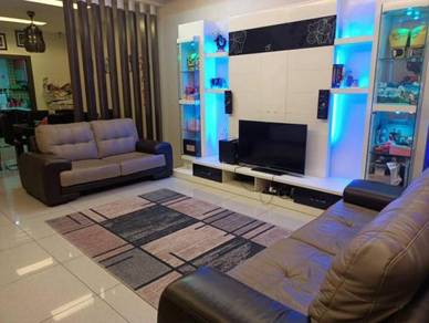 FULLY FURNISH RENOVATED Double Storey House Perdana College Height