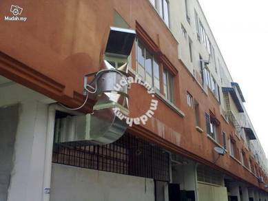 Restaurant kitchen cooking ventilation system