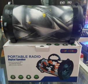 Portable bluetooth speaker