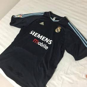 Real Madrid Authentic 2003 away kit