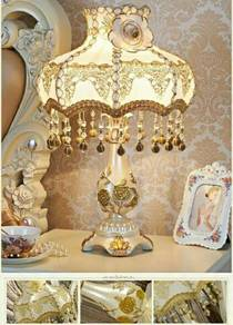 Vintage Table Lamp Palace