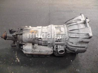 JDM Parts Bmw E46 1.9cc auto transmission gear box