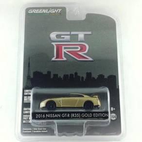 Greenlight 2016 Nissan Skyline GT-R (R35) Gold Edt