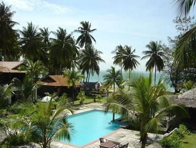 AMI Travel | 2D1N D�Coconut Resort, Pulau Besar