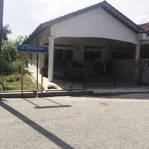 House for sale / rumah untuk di jual, Kuantan