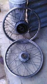 Rim moto yamaha lagenda